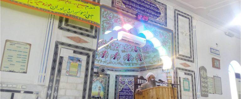 مراسم فارغ التحصیلی جمعی ازبراىران وخواهران مىرسه ىینی  تعلیم القرآن رحمانی  ایرانشهر برگزار گردید.